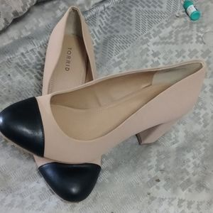 NWT Blue and Beige Heels by Torrid Size 11
